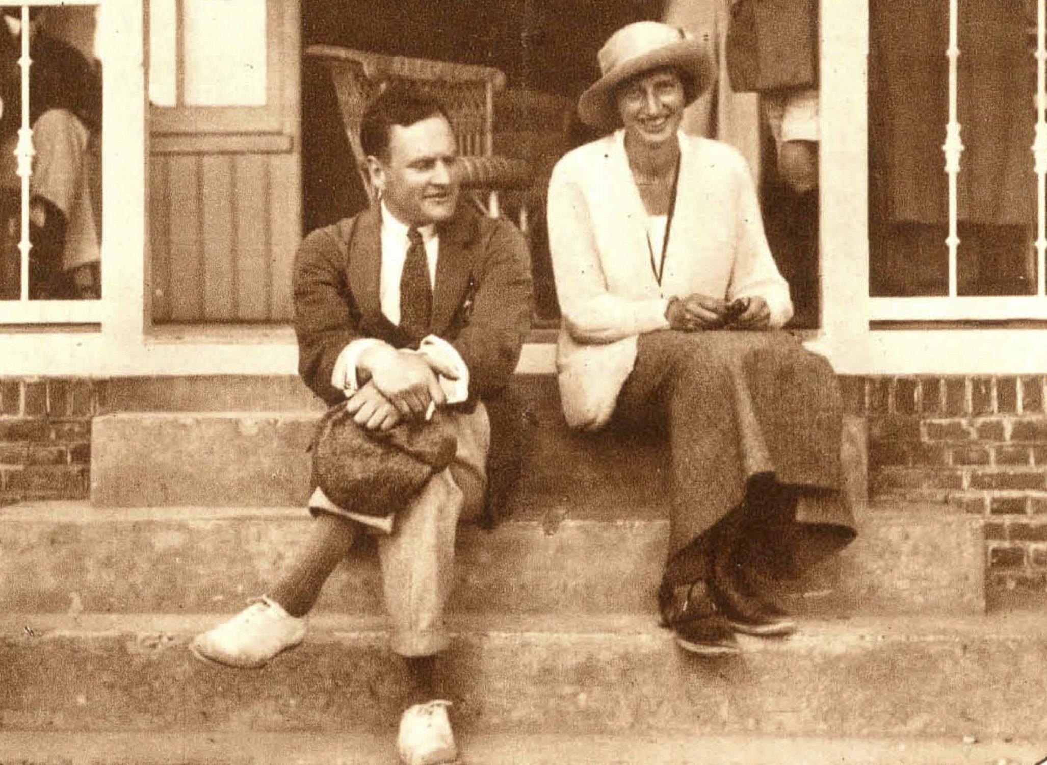 Kampioenen B. van Tienhoven en G.M. Del Court - 1923
